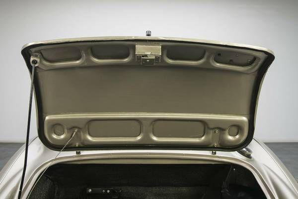 1966 Austin Healey 3000 22