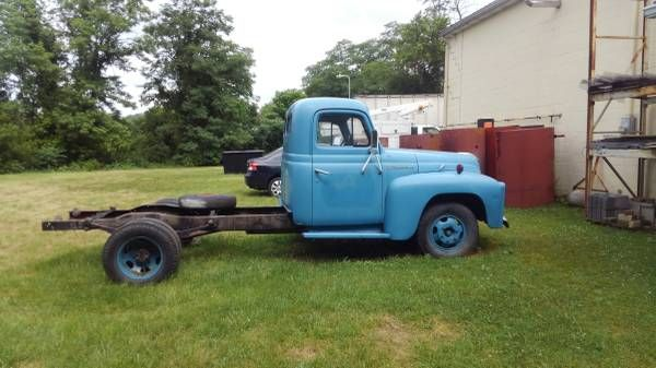 1951 International Model L