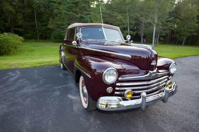 1947 Ford Super Deluxe 13
