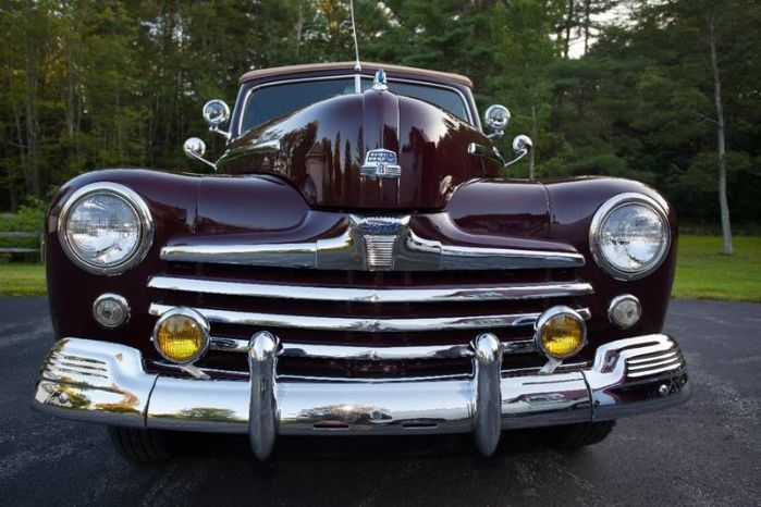 1947 Ford Super Deluxe 16