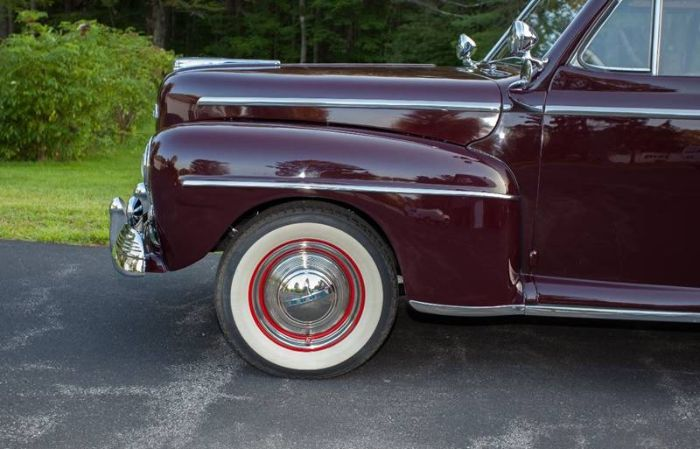 1947 Ford Super Deluxe 22