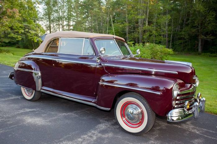 1947 Ford Super Deluxe 32