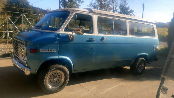 1971 Chevrolet Camper Van