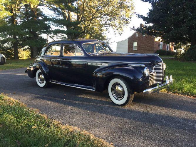 1940 Buick Roadmaster 9
