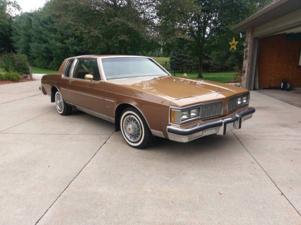 1980 Oldsmobile Delta 88 Holiday