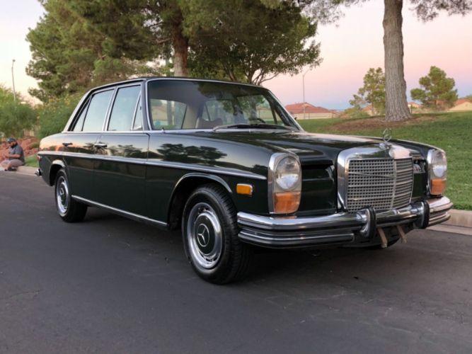 1972 Mercedes Benz 250 Sedan