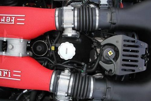 2011 Ferrari Italia 12