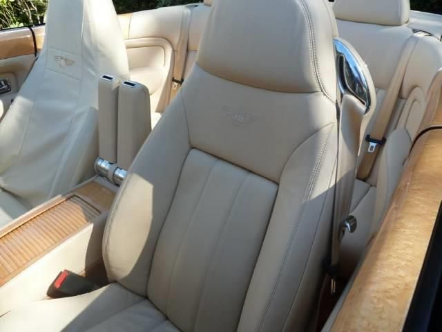 2007 Bentley Azure 7