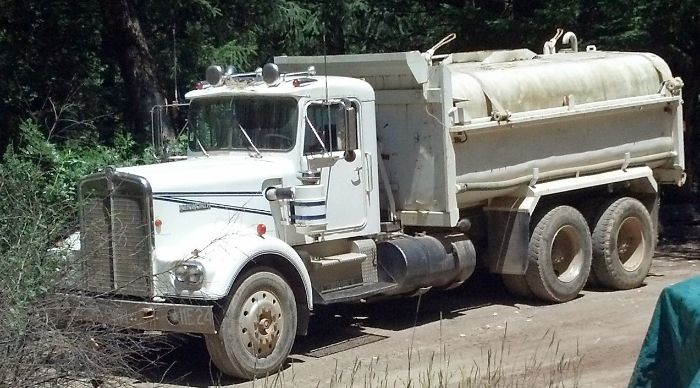 1969 Kenworth 923