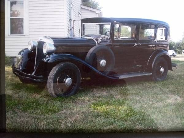1931 Chrysler Sedan