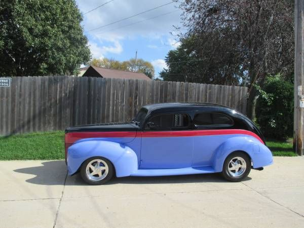 1940 Ford Sedan Street Rod