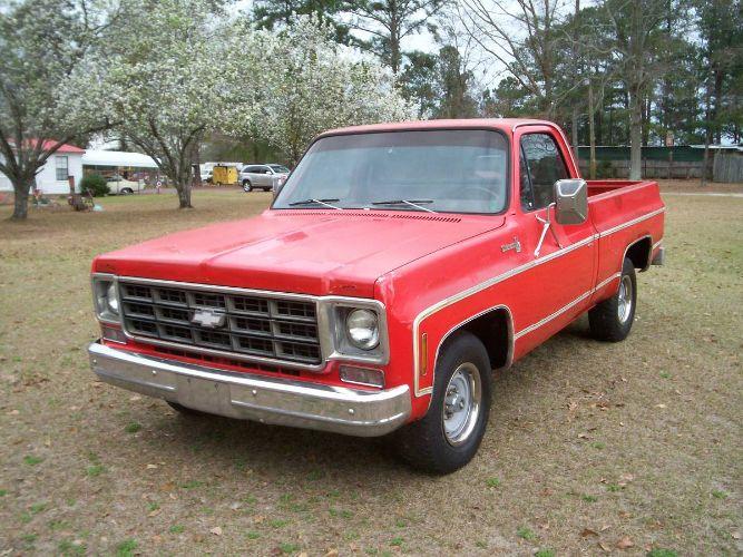 1977 Chevrolet Pickup 2