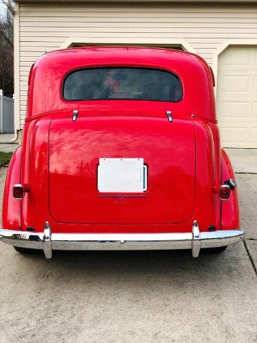 1937 Chevrolet Sedan 2