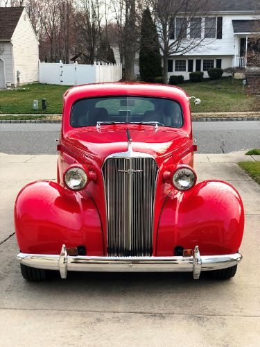 1937 Chevrolet Sedan 8