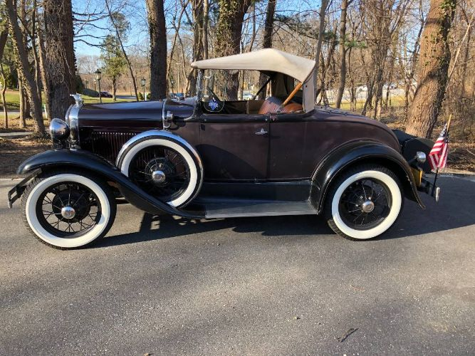 1931 Ford Deluxe Roadster