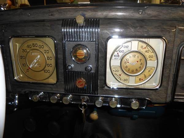 1938 Chrysler Royal 20