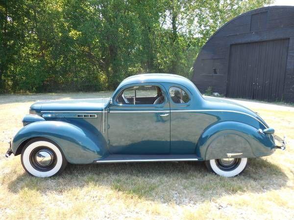 1938 Chrysler Royal 22