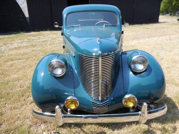 1938 Chrysler Royal 8