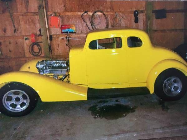 1933 Pontiac Coupe