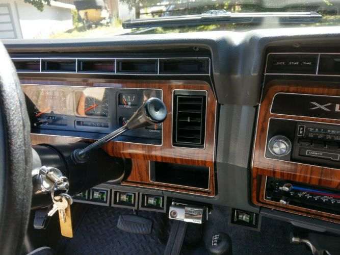 1984 Ford F350 17