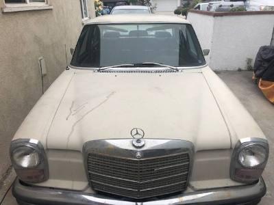 1971 Mercedes Benz 250E