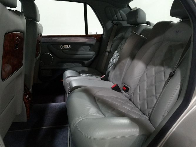 2003 Bentley Arnage 7