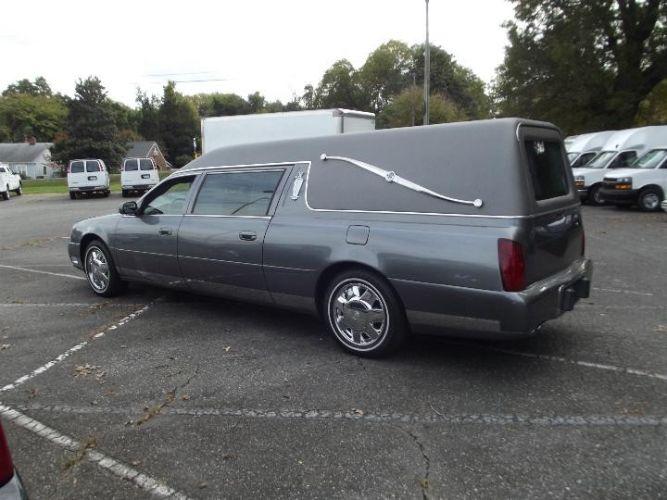 2003 Cadillac DeVille Professional Hearse