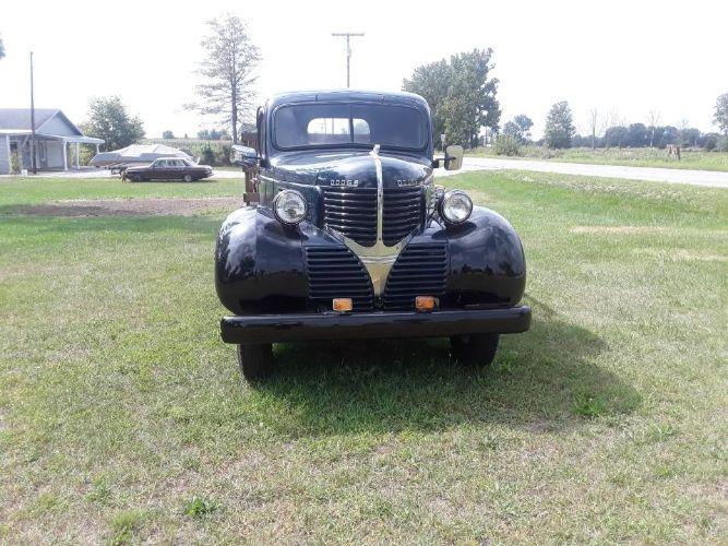 1939 Dodge T Series