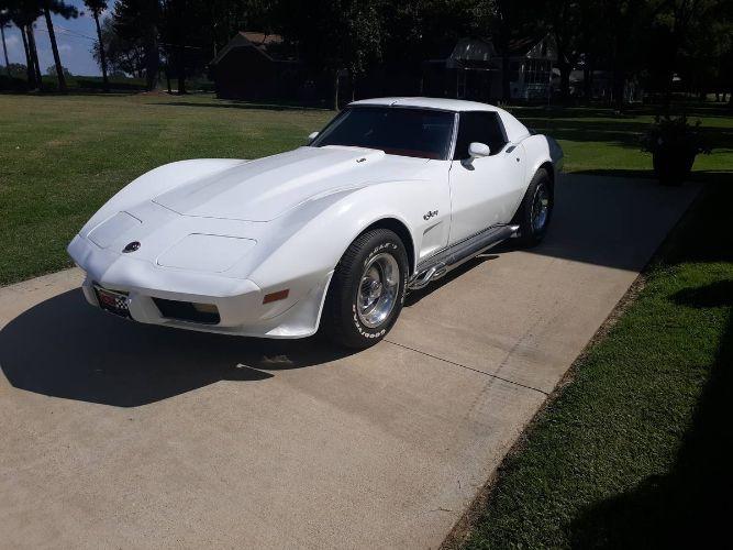 1976 Chevrolet Corvette 5