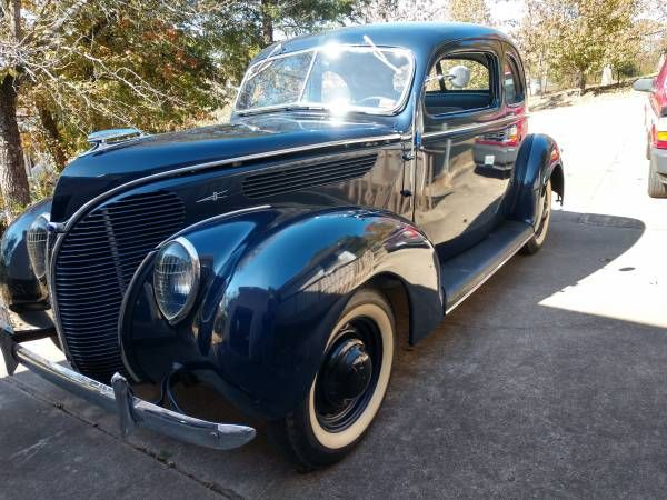 1938 Ford Deluxe Club Coupe