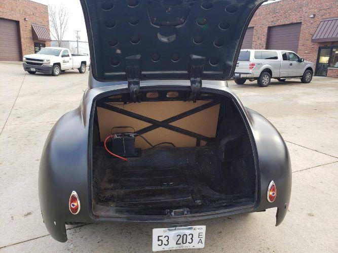 1948 Chrysler Coupe 13