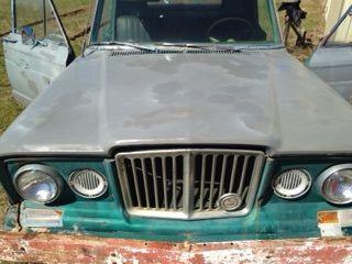1965 Jeep J200