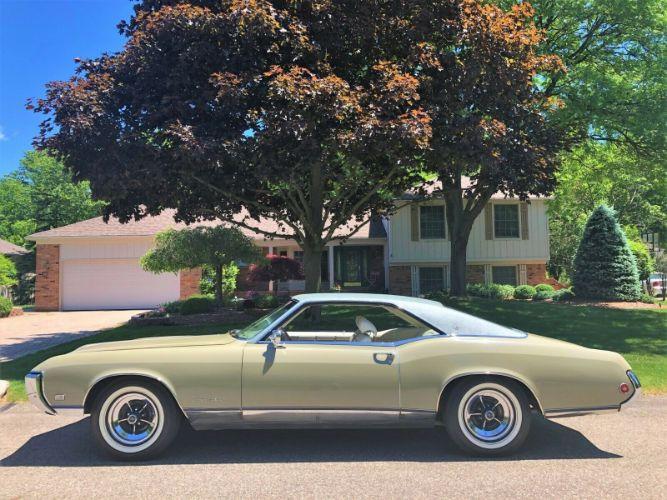 1969 Buick Riviera Custom Sport