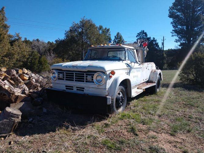 1965 Dodge D700