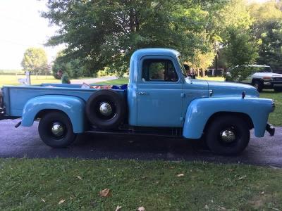1957 International S110