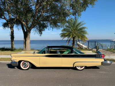 1959 Mercury Monterey