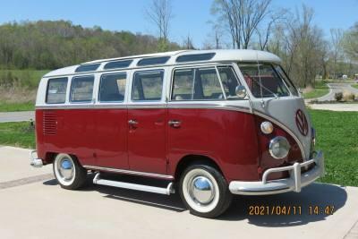 1966 Volkswagen Vanagon Deluxe
