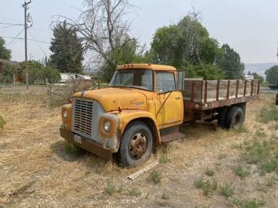 1953 International 1600 Dump Truck