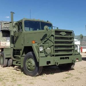 1980 AM General M915 A1