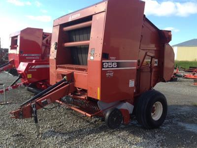 2005 Hesston 956A