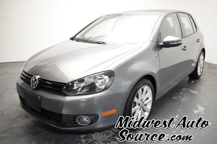 2012 Volkswagen Golf TDI w/Sunroof & Nav