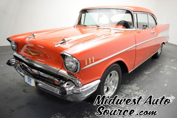 1957 Chevrolet BEL AIR 2 DOOR HARD TOP