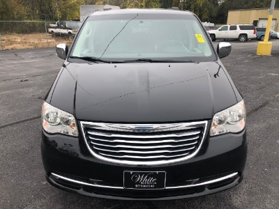 2012 Chrysler Town & Country Touring-L