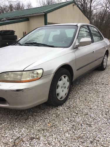 1999 Honda Accord Sdn LX