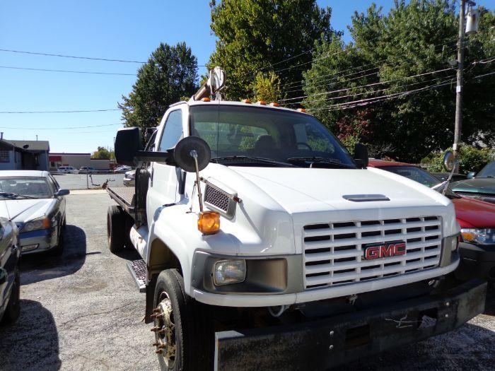 2004 GMC 5500