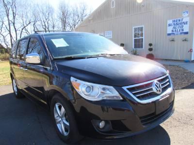 2012 Volkswagen Routan SEL Premium