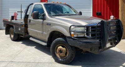 2004 Ford Super Duty F-350 DRW XL