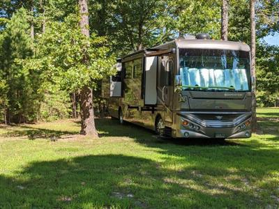 2014 Fleetwood Expedition 38S Diesel Pusher Motorcoach