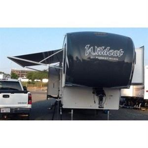 2014 Forest River Wildcat 317RL 5TH Wheel