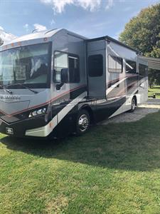 2016 Winnebago Forza 34T Motorcoach